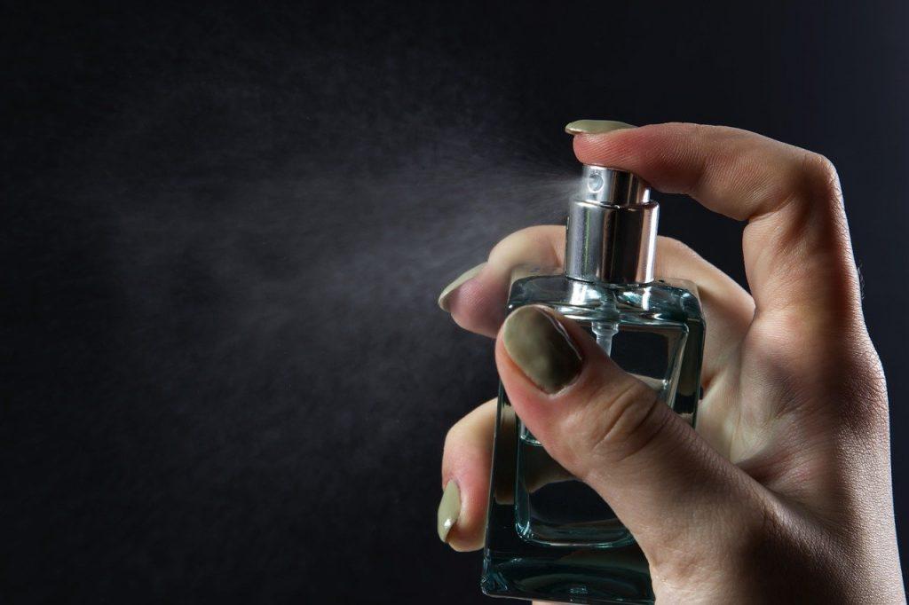 parfumuri ieftine si bune